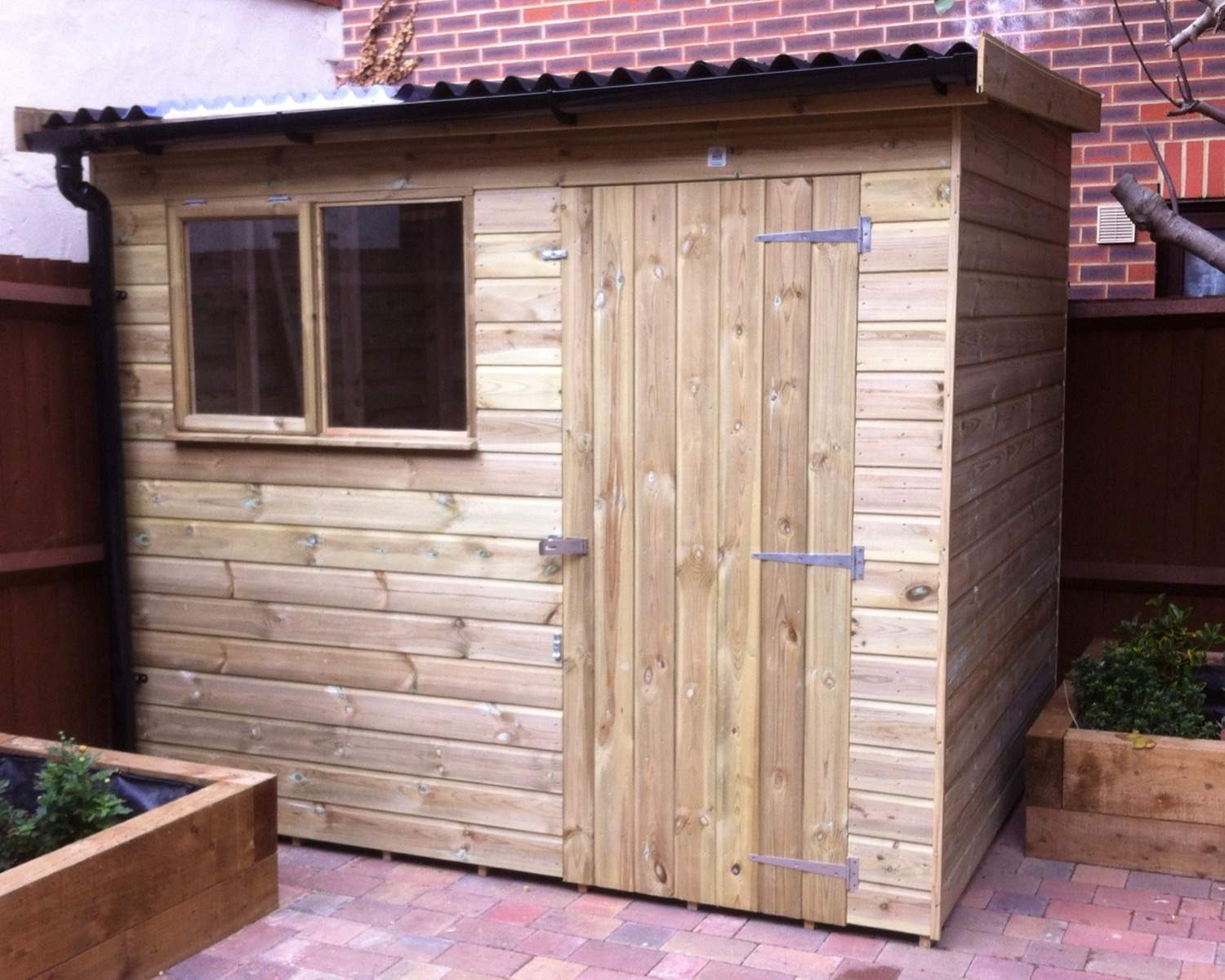 Reverse Pent Shed