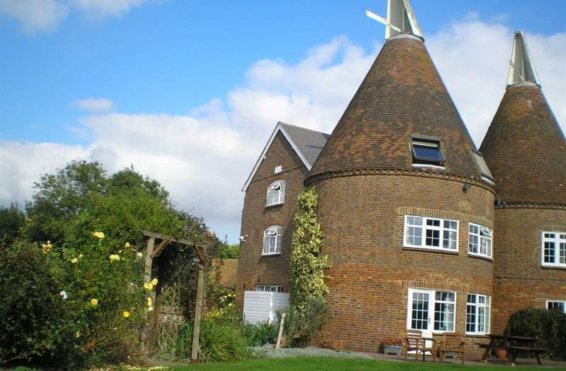 Local Accommodation - The Poacher and Partridge